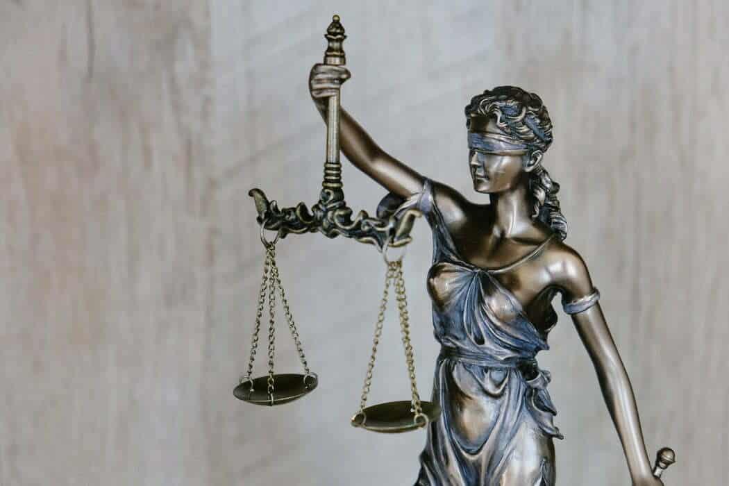 Hukuki Süreçlerde Danışmanlık Hizmetleri
